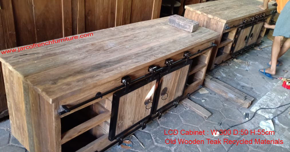 Rustic LCD Cabinet with 4cm thick top