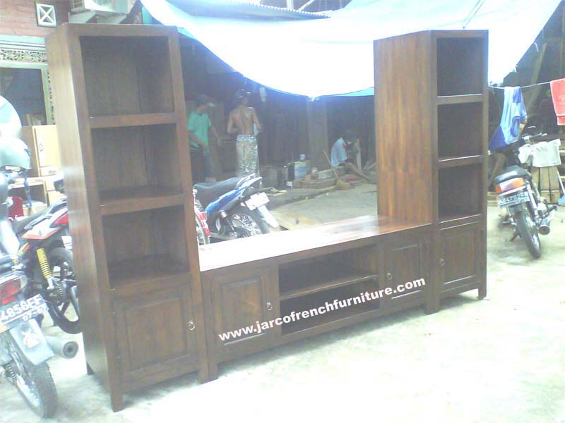 Split Merapi Panel TV Stand