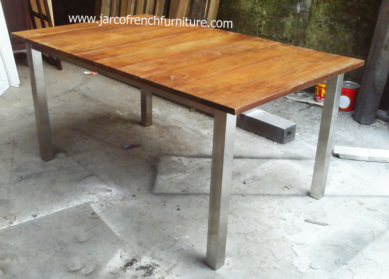 Stainless Dining 200