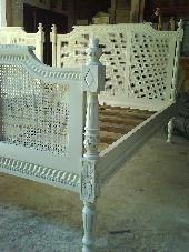 Majapahit Bed 4'/5'/6'/ White Distressed
