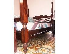 Raffles Bed